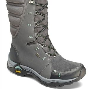 Ahnu Northridge Apres Boot